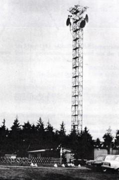 30 m hoher Mast nahe Feldhaus