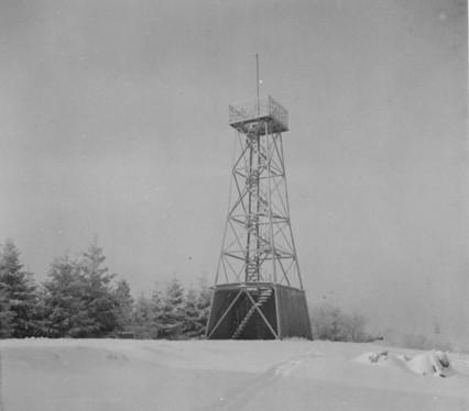 Aussichtsturm im Winter 1938