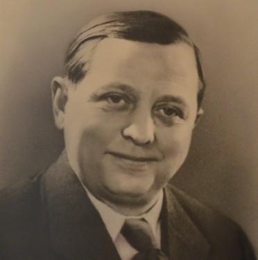 Bernhard Fischer (1908 - 1963)