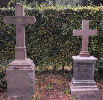 Grabkreuze Lydia und Dr. Augustin Lamby