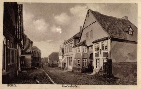 Große Straße von oben nach unten, vorne rechts: Haus Wedekämper, um 1900